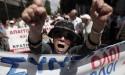 Crise mundial avança e situação na Grécia é dramática. População está impedida de sacar dinheiro
