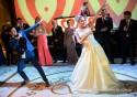Dança dos noivos é a nova moda nos casórios