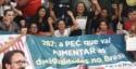 Povo ocupa aeroporto de Campo Grande à espera de parlamentares (veja o vídeo)