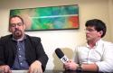 """Dentro do estúdio, escritor desmascara """"fake news"""" da Globo, mas emissora corta (Veja o Vídeo)"""