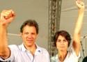 Comunistas caem na lábia de petistas e Manuela agora é a 'reserva' de Haddad
