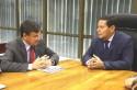 Mourão troca afagos com governador petista (Veja o Vídeo)