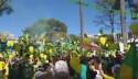 Manifestantes pulam nº 13 e festejam nº 17 em contagem 'patriótica' em BH (veja o vídeo)