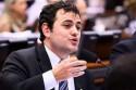 """Derrotada e sem argumentos, esquerda acaba com reunião com deputado ofendendo Moro: """"Juiz ladrão"""" (Veja o Vídeo)"""