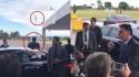 """Após ato patriótico em respeito à bandeira, Bolsonaro dá """"chega pra lá"""" na extrema imprensa (veja o vídeo)"""