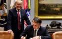 AO VIVO: Bolsonaro assina acordo histórico e inédito com os Estados Unidos (veja o vídeo)
