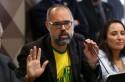 Jornalista deixa o Brasil para denunciar ministros do STF