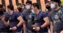 """""""Mamãe Falei"""" tenta tumultuar manifestação, é expulso pelo povo e sai escoltado pela PM (veja o vídeo)"""