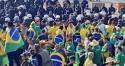 Caminhoneiros e manifestantes permanecem em Brasília e devem conversar com Bolsonaro (veja o vídeo)