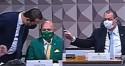 URGENTE: Aziz expulsa advogado de Hang por discutir com senador do PT (veja o vídeo)