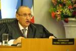 Desembargador, pai de ex-procurador de Olarte, tranca ação contra acusado de pedofilia