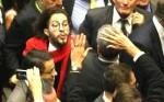 Jean Wyllys 'cospe' na cara de todos os membros do Conselho de Ética