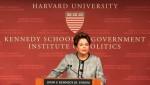 Dilma está em Harvard para denunciar o golpe e 'ensinar a estocar vento', às expensas do erário