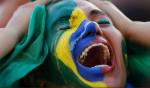 Então tá tudo certo, o que é correto já não vale mais; É a ordem do inverso no Brasil do tanto faz (Veja o vídeo da canção)