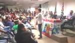 Órfão e morador de favela, garoto de 16 anos humilha defensores dos Direitos Humanos (veja o vídeo)