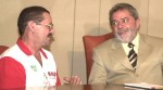Faxineiro que achou 10 mil dólares e devolveu ao dono, foi aconselhado por Lula a ser desonesto (Veja o Vídeo)