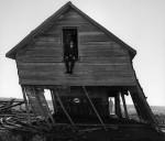 """Neste Brasil dos ditados populares, """"um dia, a casa cai"""""""