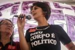 Por incitação ao ódio, Twitter suspende conta de Manuela D'Ávila
