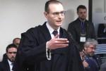 Novo juiz, nova opinião e mais uma derrota para o abobalhado Zanin