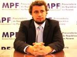 Petistas tumultuam lançamento de livro de procurador da Lava Jato (Veja o Vídeo)