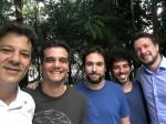 """De volta às origens, Haddad assiste """"Marighella"""" junto com Wagner Moura"""