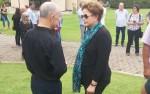 A chegada de Dilma ao velório, uma triste figura...