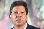 """Haddad, após condenação por Fake News, diz que é Bolsonaro quem """"rasga a Constituição"""""""