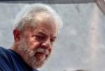 Ex-ministro revela que Lula está apaixonado e pretende se casar, tão logo deixe a prisão