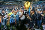 """O novo """"gol de placa"""" de Renato Gaúcho, com o """"serviço"""" do capitão Bolsonaro (veja o vídeo)"""