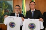 """Presidente de movimento de docentes que pretende """"desesquerdizar"""" as universidades é recebido por Bolsonaro (veja o vídeo)"""