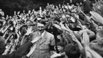 Hitler era de direita? Ele dizia lutar contra o capitalismo e defendia o Nacional Socialismo...