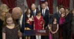 Vídeo mostra supostos assédios de Joe Biden a crianças e levanta suspeitas sobre o provável rival de Donald Trump (veja o vídeo)