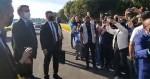 """Bolsonaro abre as portas do Alvorada, defende armas e critica o """"desarmamentista"""" Moro (veja o vídeo)"""
