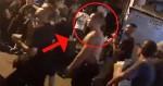 Sem polícia, 'chefe' do tráfico desfila na Rocinha com dezenas de fuzis (veja o vídeo)