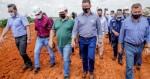 Tarcísio anuncia obra que interligará o Acre ao resto do país e convida Bolsonaro para inauguração em dezembro (veja o vídeo)