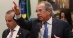 """Guedes diz que Governo tem dinheiro para bancar auxílio, mas pede ao Congresso a aprovação da """"PEC de Guerra"""""""