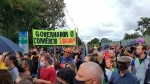 Povo inova em Brasília, faz Mega Carreata e protesto em frente a casa do Governador (veja o vídeo)