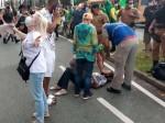 """Ser cristã e protestar por seus direitos, esse era o """"crime"""" de idosa covardemente agredida por psicóloga"""