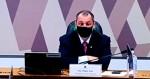 """Senador toca no ponto fraco de Aziz, que parte para a """"agressão"""" (veja o vídeo)"""