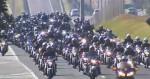 Motociata em Curitiba leva multidão às ruas, em apoio a Bolsonaro (veja o vídeo)