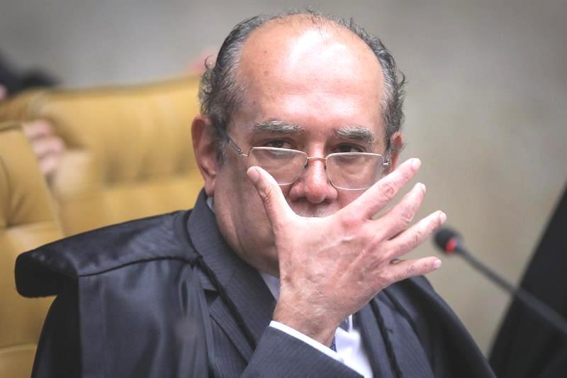 """Só falta agora o Gilmar Mendes abandonar a """"TOGA"""" #compartilhe!"""