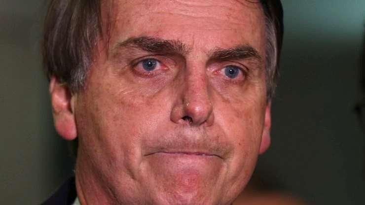 Resultado de imagem para Bolsonaro triste