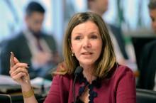 Senadora do PCdoB recebe a maior descompostura da Comissão de Impeachment (veja o vídeo)