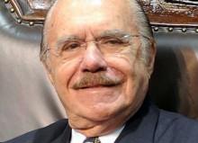 Sarney, fanfarrão, diz em nota que dedicou 60 anos de vida pública ao país