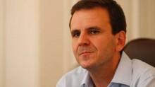 Paes 'fora da casinha', manda morador insatisfeito se mudar do Rio
