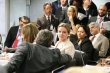 Por cargos na mesa do senado, petistas esquecem 'golpe' e apoiarão PMDB