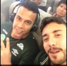 O último vídeo do goleiro Danilo Padilha, dentro do avião (veja o vídeo)