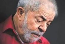 Lula arrasado e sem forças para bater na mesa