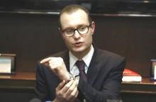 Revela-se mais uma reprovável situação aética envolvendo o advogado Cristiano Zanin