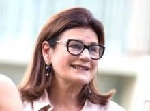 De Bucareste, mulher sai em defesa desesperada do marido